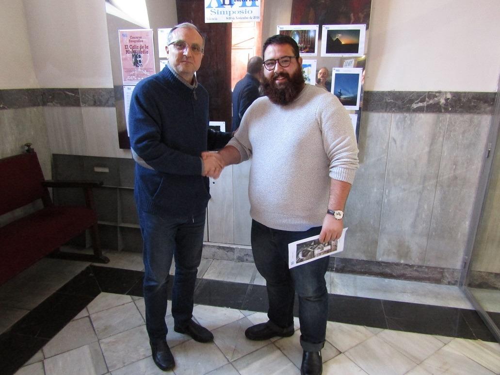 José Forner, primer premio del concurso El cáliz de la misericordia